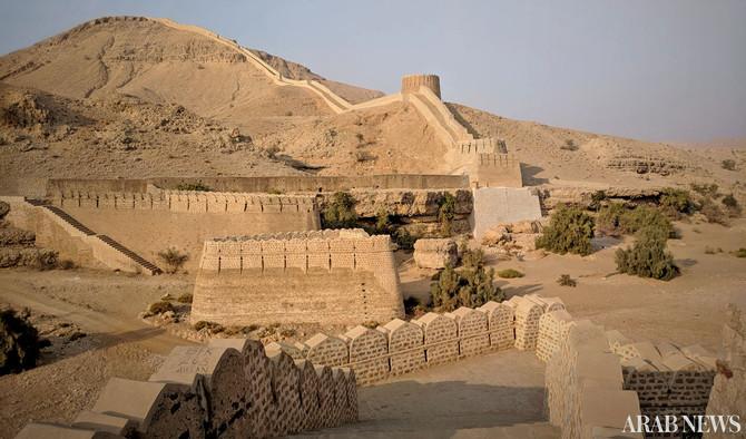 Day 4:  Ranikot Fort, Pakka Qilla
