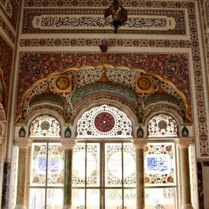 bhong mosque interior